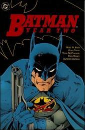 Detective Comics (1937) -INT- Batman: Year two