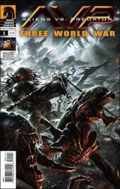 Aliens vs. Predator: Three World War (2010) -1- Book 1