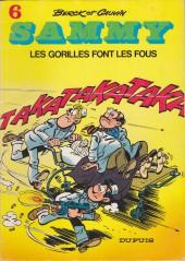 Sammy -6b83- Les gorilles font les fous