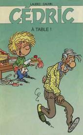 Cédric -Pub1- A table!