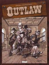 Couverture de Outlaw -1- Jupons et corbillards
