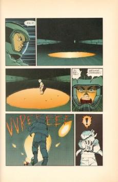 Extrait de Akira (Glénat brochés en couleur) -1- L'autoroute