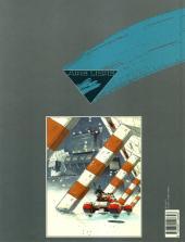 Verso de La guerre éternelle -2- Lieutenant Mandella 2020/2203