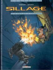 [BD] Sillage/ Nävis/ Les chroniques de Sillage Sillagecouv01