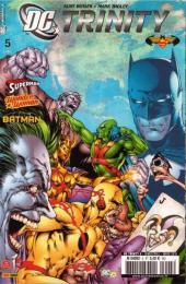 DC Trinity -5- La guerre divine