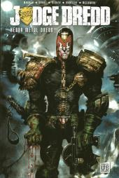 Couverture de Judge Dredd (Soleil) -1- Heavy metal dredd