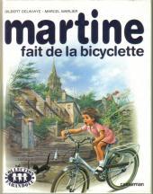 Martine -21a- Martine fait de la bicyclette
