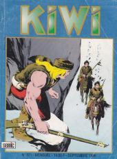 Kiwi -521- Les bouledogues du foot-ball...