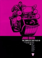 Judge Dredd: The Complete Case Files (2005) -INT05- 2000AD Progs 208-270 Year: 2103-2104