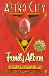 Kurt Busiek's Astro City (1996) -INT03a- Family album