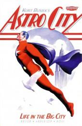 Kurt Busiek's Astro City (1995) -INT01 - Life in the Big City