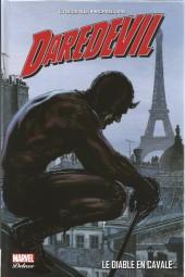 Daredevil par Brubaker (Marvel Deluxe) -1- Le Diable en Cavale