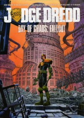 Judge Dredd (Collections) (2004) -INT- Day of chaos : Fallout
