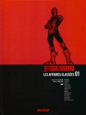 Judge Dredd : Les Affaires classées -1- Années 2099-2100 (2000 AD progs 02-60)