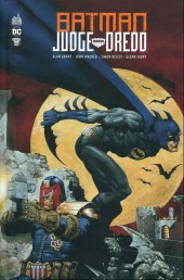 Batman - Judge Dredd (Urban) - Batman - judge dredd (urban)