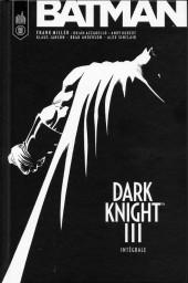 Batman - Dark Knight III -INT- Dark Knight III
