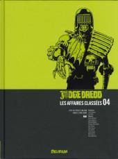 Judge Dredd : Les Affaires classées -4- Années 2100-2101 (2000 AD progs 116-154)