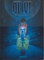 Olive -1- Une lune bleue dans la tête