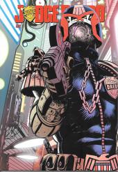 Judge Dredd (Réflexions) -4- Tome 4