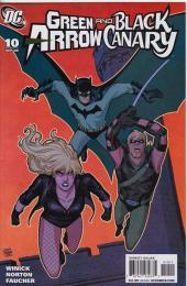 Green Arrow/Black Canary (2007) -10- A league of their own (Part 2) : Step up to the plate and swing away