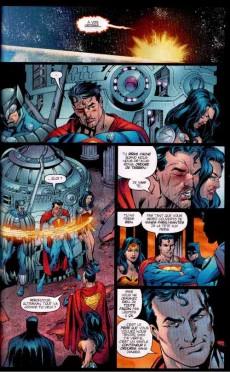 Extrait de DC Trinity -2- Visiteurs de choix