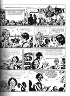 Extrait de Corto Maltese (2011 - En noir et blanc) -4- Toujours Un Peu Plus Loin