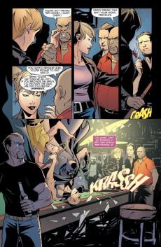 Extrait de Batman: Streets of Gotham (2009) -INT3- The House of Hush