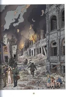 Extrait de Lefranc (Les voyages de/Les reportages de) -7- La chute du reich