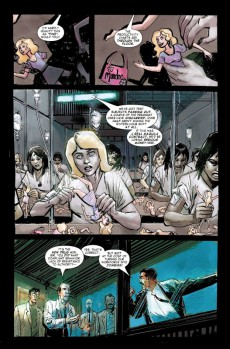 Extrait de Black Widow : The things they say about her (Marvel - 2005) -INT- The Things They Say About Her