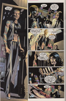 Extrait de Elektra (2001) -16- Standing outside the temple in the rain part one