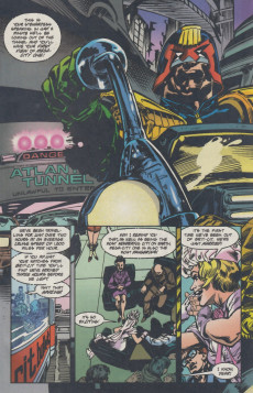 Extrait de Judge dredd: Legends of the law (1994) -1- The organ donors Chapter one: Honeymoon in hell