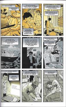 Extrait de Batman : Meurtrier & fugitif -3- Tome 3