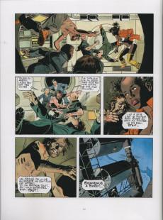 Extrait de Les grands Classiques de la Bande Dessinée érotique - La Collection -101106- La Survivante - Tome 3