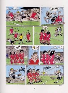 Extrait de Les foot furieux -3- Tome 3