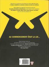 Verso de Judge Dredd (Soleil) -INT1- Intégrale 01
