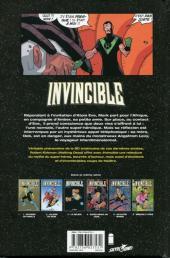 Verso de Invincible -6- Ménage à trois
