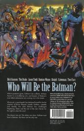 Verso de Batman: Battle for the Cowl (2009) -INT- Battle for the Cowl