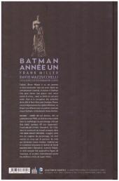 Verso de Batman : Année un -INT e- Année un