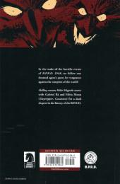 Verso de B.P.R.D.: Vampire (2013) -INT01- Vampire
