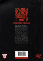 Verso de Judge Dredd (Collections) (2004) -INT- Day of chaos : Fallout