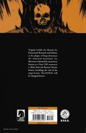 Verso de B.P.R.D. (2003) -INT05- The Black Flame