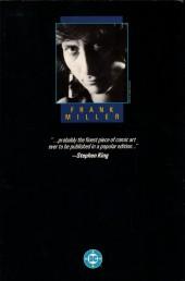 Verso de Batman: The Dark Knight (1986) -INT- The Dark knight returns