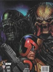 Verso de Judge Dredd/Aliens/Predator -3- Judge Dredd/Aliens/Predator : Extermination