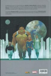 Verso de Captain Marvel : Dark Origins