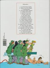 Verso de Les femmes en Blanc -4b2001- Les jeunes filles opèrent