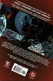 Verso de Planetary: Crossing Worlds (2004) - Planetary / JLA: Terra Occulta