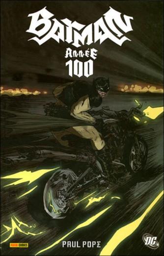 Couverture de Batman : Année 100 - Année 100