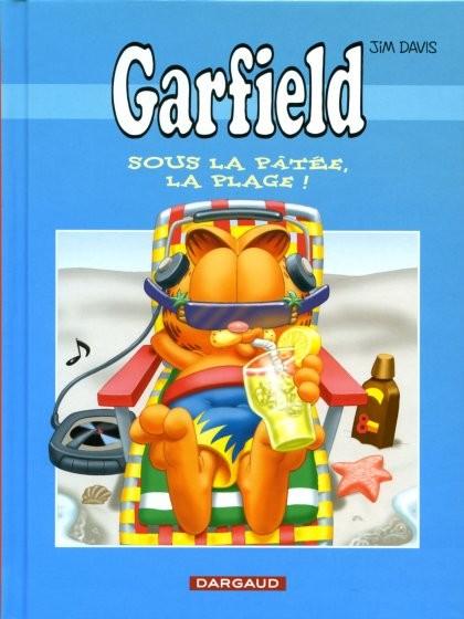 Couverture de Garfield -Total4- Sous la pâtée, la plage!