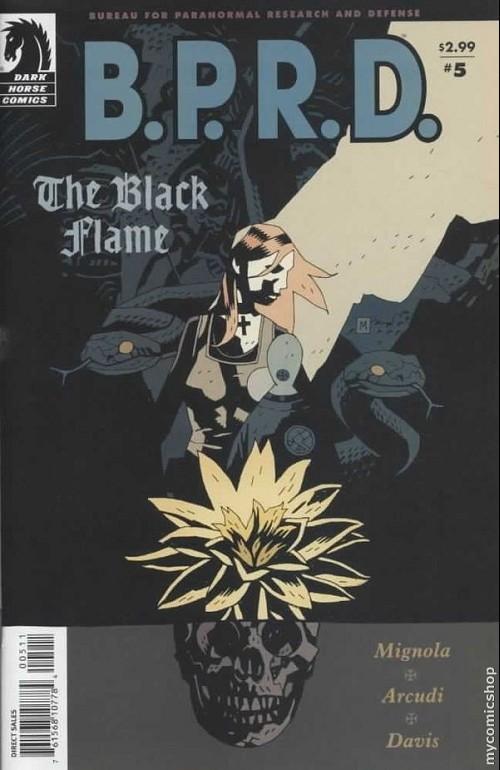 Couverture de B.P.R.D. (2003) -22- The black flame