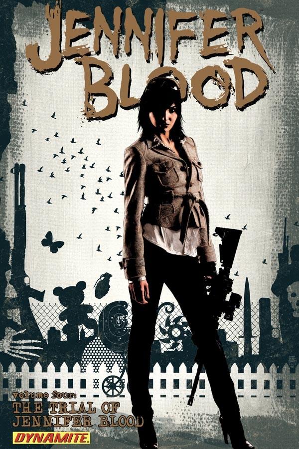 Couverture de Jennifer Blood (2011) -INT04- Volume Four: The Trial of Jennifer Blood
